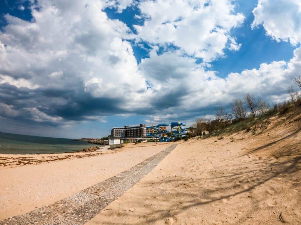 Несебър около Гергьовден - пясъчните дюни, плажът, алеите 5