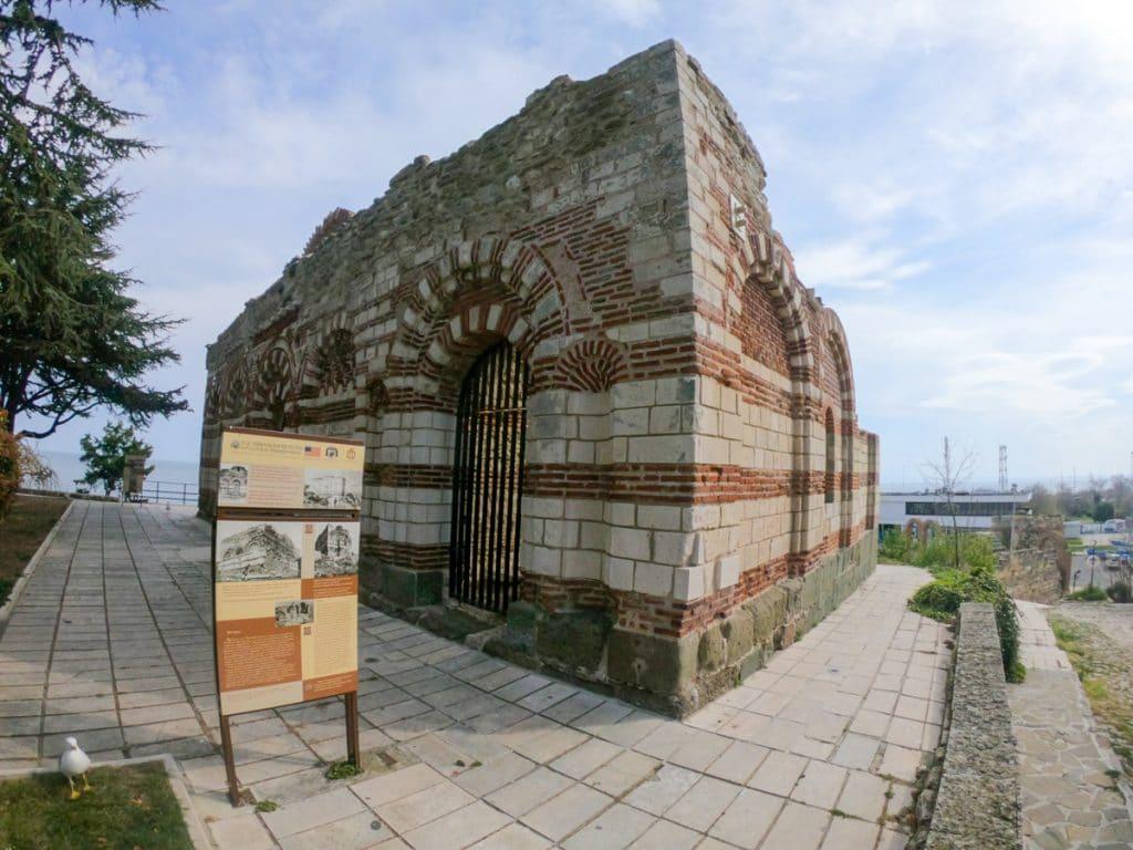 Църква Свети Йоан Алитургетос в Несебър 1