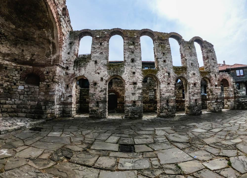 Базиликата Света София - Несебър 1