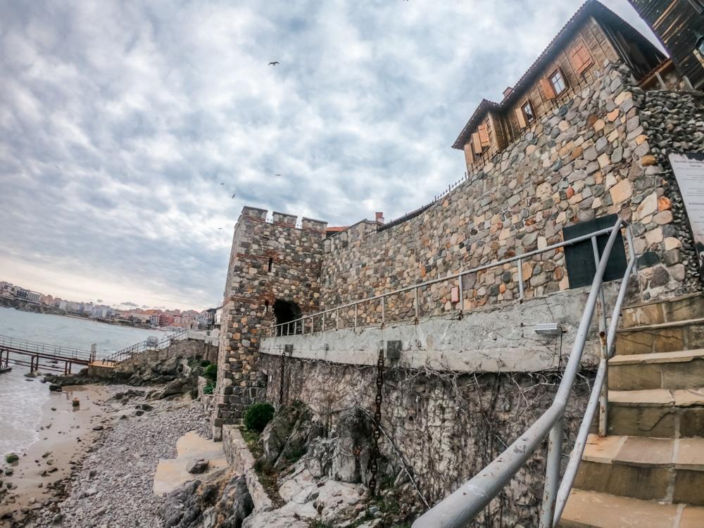 Архитектурно-исторически комплекс - Южна крепостна стена и кула в Созопол 7